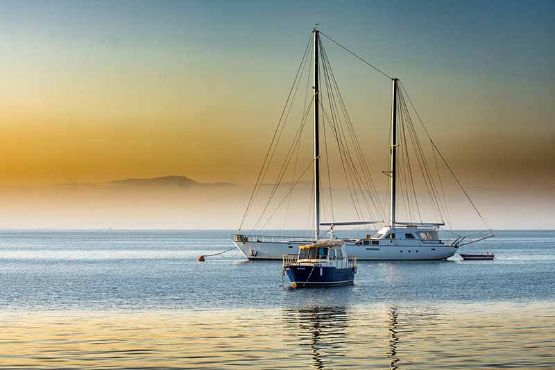 boats travel, boat, traveling, voyager plan, expedia deals, travel for free